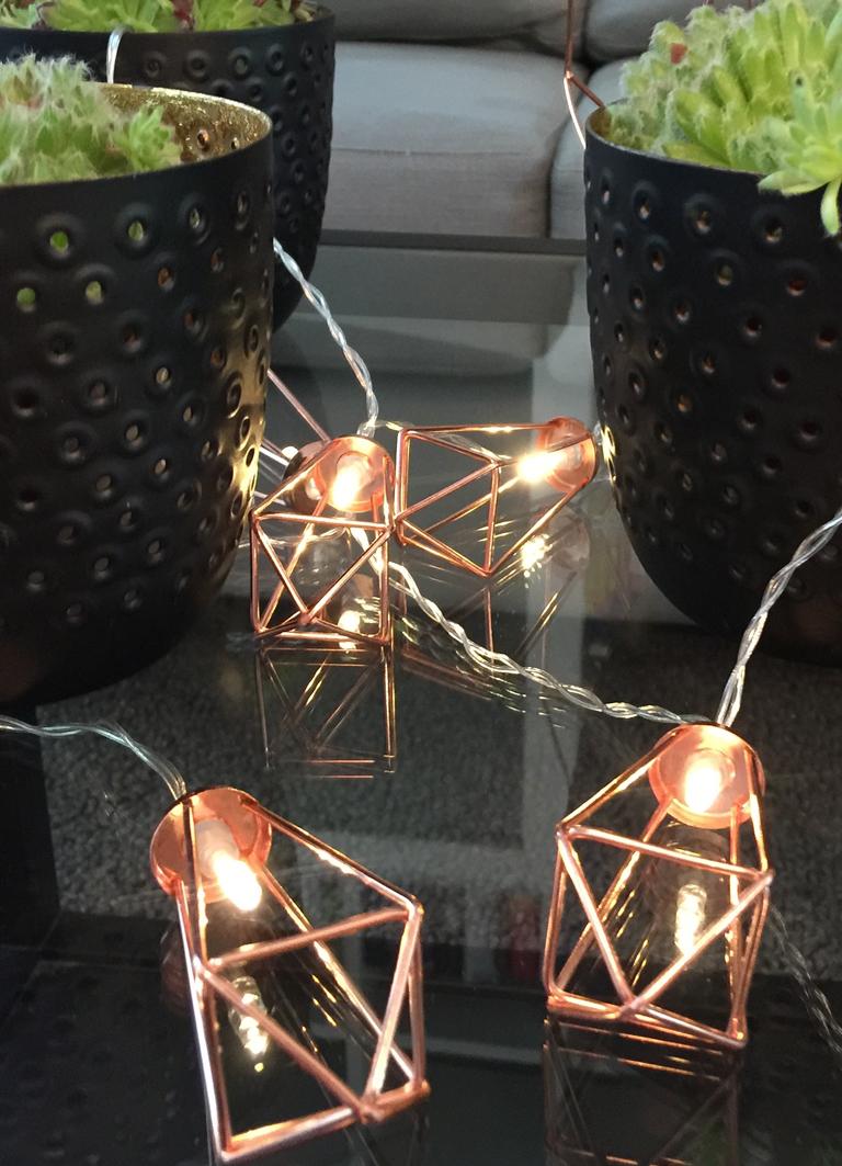 Sofatische Deko Lichterkette Kupfer Sukkulenten Windlicht Geometrisch
