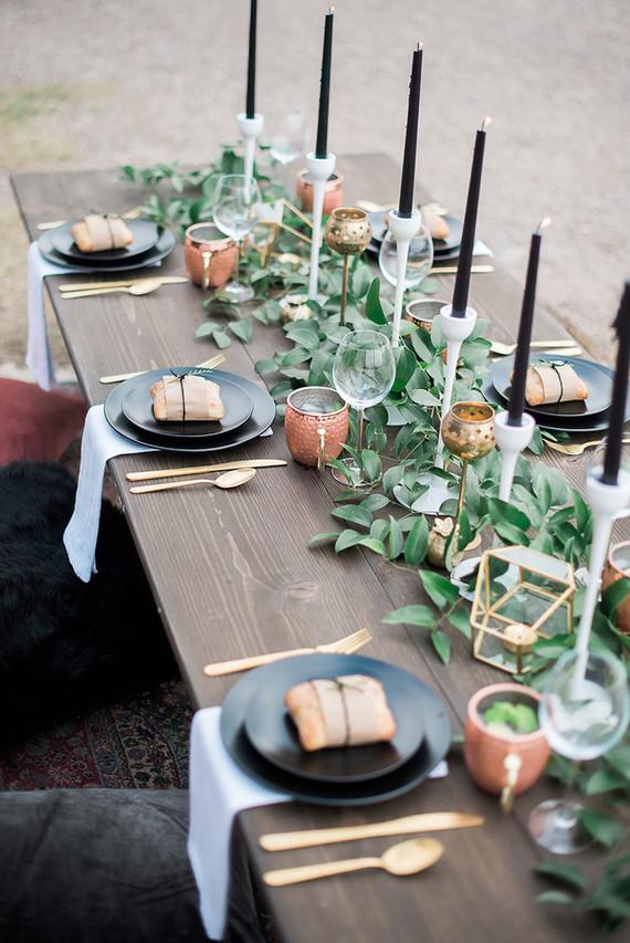 Tischdeko schwarz gold mit Kupfer Teelichthalter