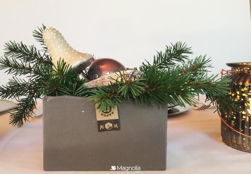 Weihnachten Trend Naturtöne Tischdeko in grau, silber und weiss