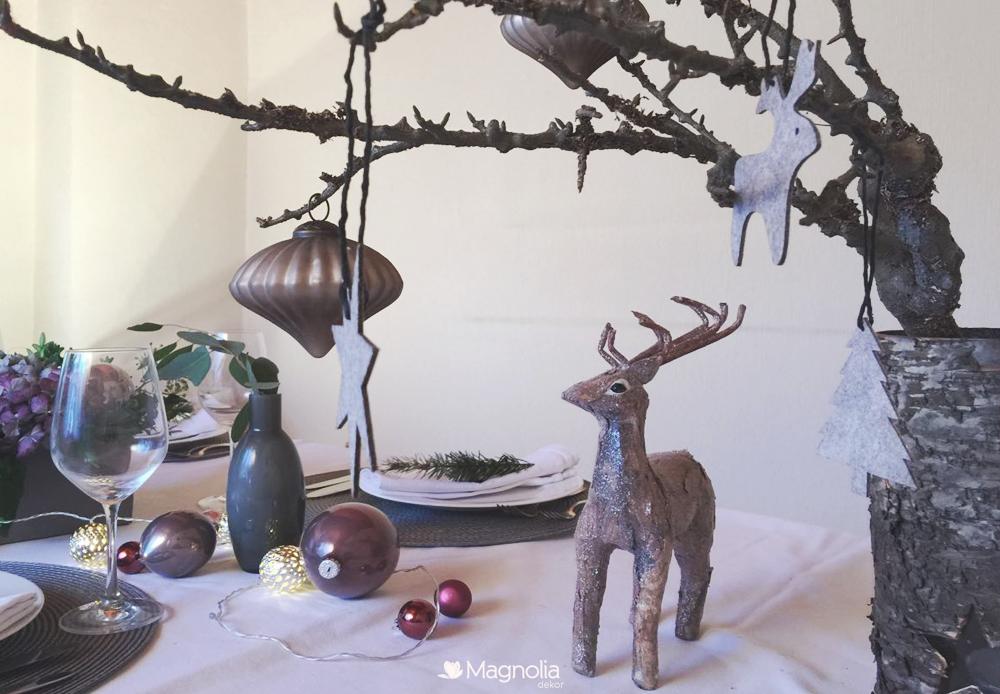 Weihnachtsdekoternd Hirsch